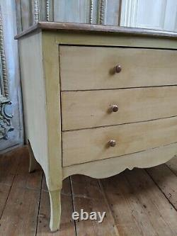 VINTAGE Bowed French Louis Shabby Chic BED SIDE Lamp Sofa Table Chest 3 Drawers